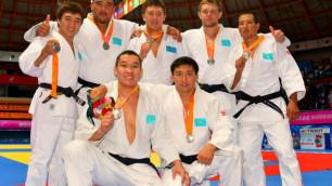 Казахстанские дзюдоисты выиграли бронзовые медали чемпионата Азии в командном первенстве