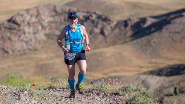 На сверхмарафоне KazGeo Tengri Ultra Trail разыграют 24 комплекта медалей