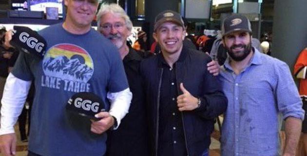 Головкин посетил матч плей-офф НХЛ в Анахайме