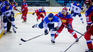 Казахстанские хоккеисты пропустили пять шайб от олимпийской сборной России