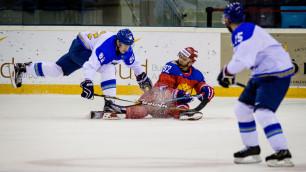 Фоторепортаж с товарищеского матча Казахстана и олимпийской сборной России