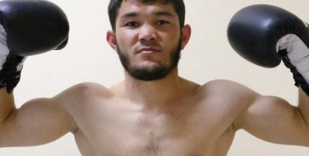 Канат Ислам пригласил спарринговать, а потом я нокаутировал своего первого соперника - Шарибаев