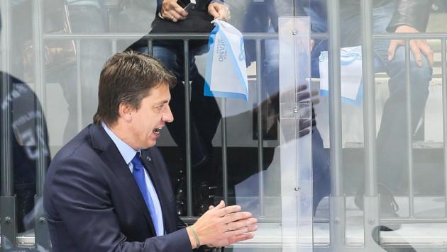 Казахстан играет только на контратаках, швейцарцы их возили по зоне - тренер сборной России