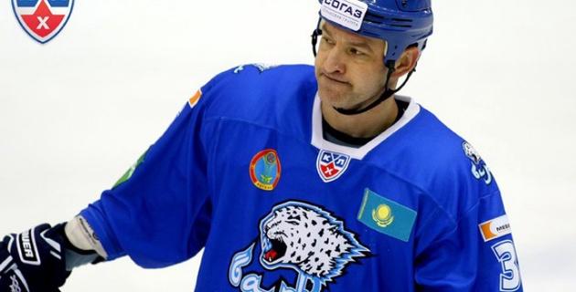 Если Казахстан займет на ЧМ в России 14-е место, это будет большим успехом - Владимир Антипин