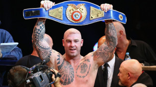 Чемпион мира в тяжелом весе по версии WBA лишен титула за допинг
