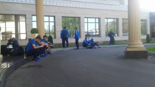 """Футболисты """"Иртыша"""" не смогли вовремя выехать на матч с """"Кайратом"""" в Алматы"""