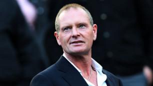 Экс-игрок сборной Англии вызван в суд за расистский анекдот