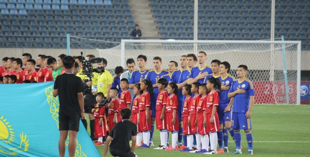 Сборная Казахстана в меньшинстве обыграла Китай в товарищеском матче