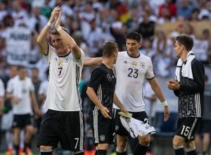 Хорватия, Польша и Германия выиграют первые матчи на Евро-2016 - букмекеры
