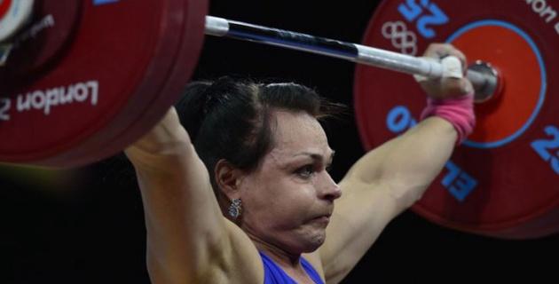Сборную Казахстана по тяжелой атлетике лишили двух олимпийских лицензий в Рио из-за допинга