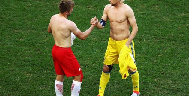8dbf4e6b0400f Украинские СМИ потроллили Анатолия Тимощука за обмен футболками на  Евро-2016 » Vesti.kz