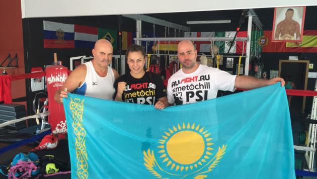 Казахстанка Фируза Шарипова одержала первую победу на профи-ринге