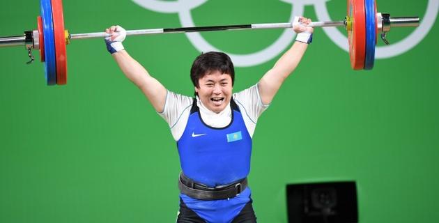 Казахстанская штангистка Жаппаркул стала серебряной призеркой Олимпиады в Рио