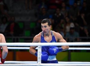 Боксер с казахскими корнями станет соперником Ниязымбетова в 1/4 финала Олимпиады