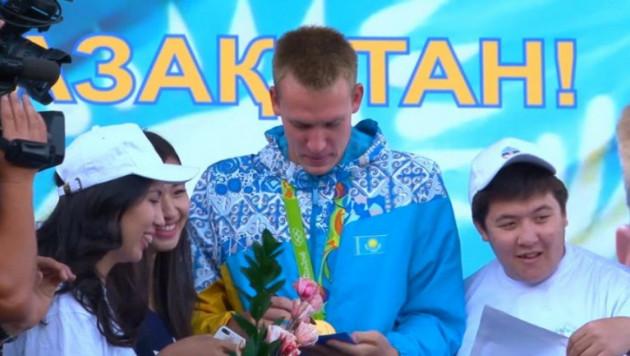 Первый олимпийский чемпион из Казахстана по плаванию Баландин вернулся из Рио