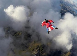 Итальянский спортсмен записал свой смертельный полет в прямом эфире