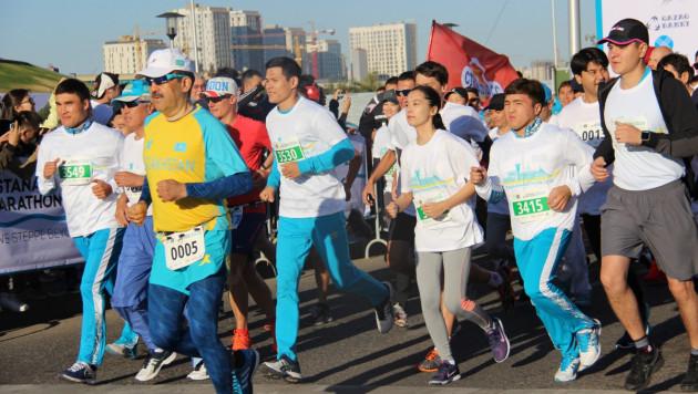 Елеусинов, Левит и Манюрова приняли участие в марафоне в Астане