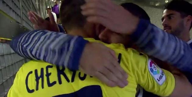 """Футболисты """"Реала"""" тепло поприветствовали Черышева перед матчем с """"Вильярреалом"""""""