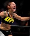 """Кристиана """"Киборг"""" Джустино одержала победу в главном бою шоу UFC Fight Night 95"""