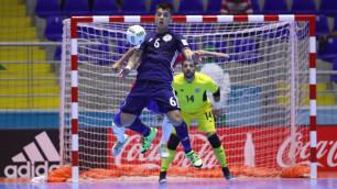 Мяч игрока сборной Казахстана по футзалу претендует на звание самого красивого гола ЧМ