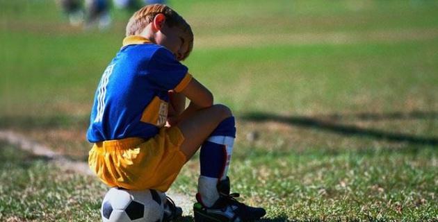 В спортивной детско-юношеской школе Алматы закрывают отделение футбола