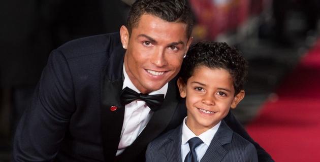 Сын Криштиану Роналду стал игроком детской команды клуба третьего дивизиона