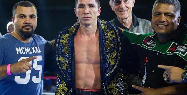 Как казахстанец Ашкеев готовится к седьмому бою на профи-ринге