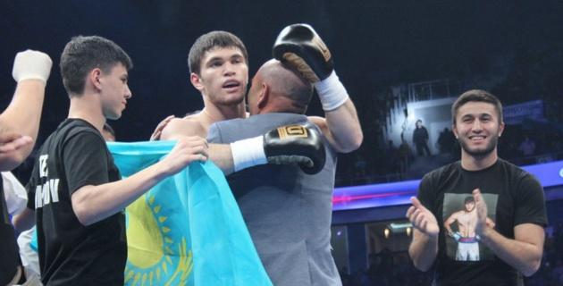 Али Ахмедов нокаутировал соперника в первом раунде