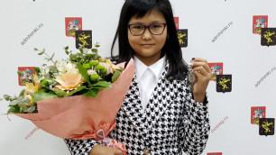 12-летняя шахматистка из Казахстана Бибисара Асаубаева получила квартиру в России