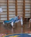 Иван Дычко провел урок физкультуры в родном Костанае