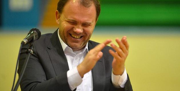 """""""Подавись гамбургерами, тварь продажная!"""" Самые громкие твиты Васильева за время в """"Актобе"""""""