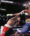 Видео дебютного боя казахстанца Нурсултанова на профи-ринге в андеркарте шоу Ковалев - Уорд
