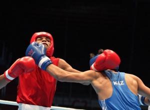 Казахстанец Толтаев вышел в финал молодежного чемпионата мира по боксу