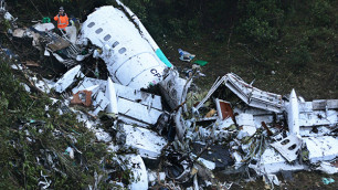 Власти Колумбии уточнили число жертв крушения самолета с бразильскими футболистами