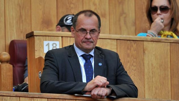 Российский рефери ФИФА будет отвечать за работу казахстанских судей - СМИ