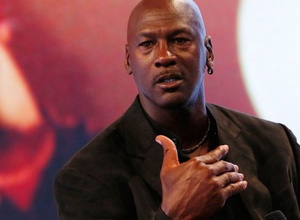 Майкл Джордан возглавил рейтинг самых высокооплачиваемых спортсменов в истории