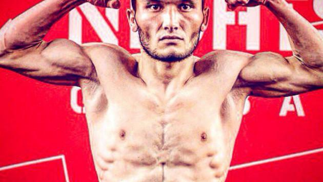 Казахстанский боец Жуман Жумабеков проиграл болевым приемом в полуфинале Fight Nights Global