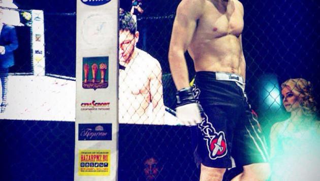 Как Жуман Жумабеков проиграл болевым приемом в первом раунде полуфинала Fight Nights Global