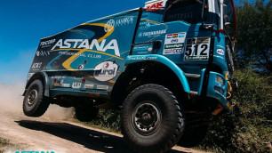 """Оба экипажа Astana Motorsports успешно справились с седьмым этапом """"Дакара"""" без связи с командой"""