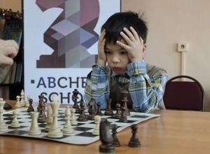 На чемпионате Алматы по шахматам приняли участие 282 юных спортсмена