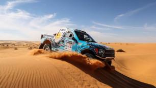Экипаж Off Road Kazakhstan отыграл две строчки в абсолютном зачете Africa Eco Race-2017
