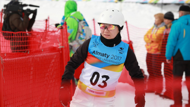 Лыжные акробаты провели официальную тренировку на трассе Универсиады в Алматы