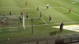 В Англии футболист толкнул болл-боя и получил дисквалификацию на шесть матчей