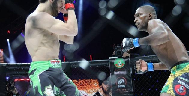 Бывший боец UFC проиграл свой бой на турнире по ММА в Астане