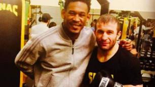 Хурцидзе рассказал, как Джейкобс помог ему в подготовке к бою за звание претендента на титул WBO