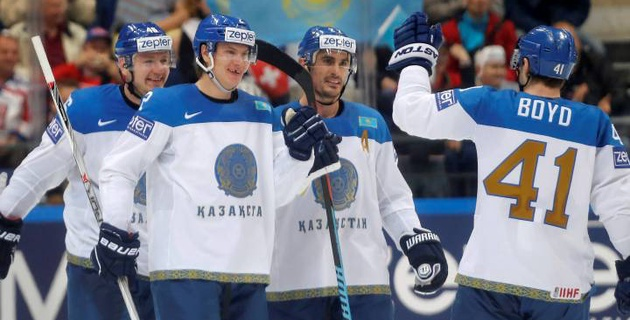 Сборная Казахстана по хоккею победила Австрию в первом матче на чемпионате мира
