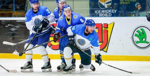 Сборная Казахстана по хоккею обыграла Украину и одержала третью победу на чемпионате мира