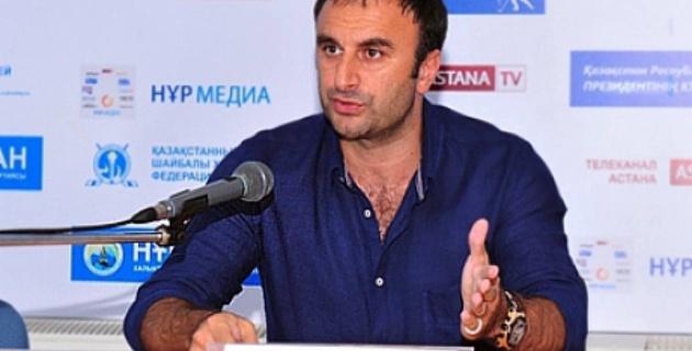 Большая часть казахстанских хоккеистов безответственно подошла к чемпионату мира - Шуми Бабаев
