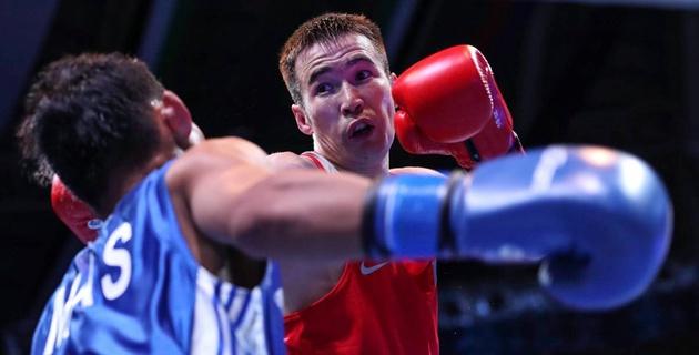 Казахстанец Исакулов проиграл узбекскому боксеру в бою за выход в финал ЧА-2017 в Ташкенте