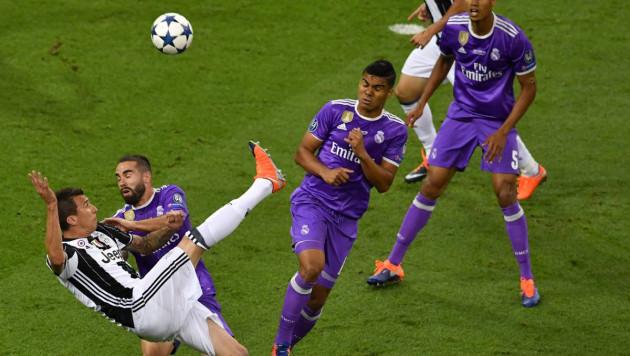 УЕФА представил ТОП-10 самых красивых голов прошедшей Лиги чемпионов